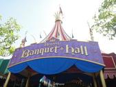 迪士尼樂園:中午2002.JPG