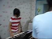 band:鄭綉文