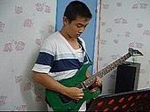 band:鄭國良