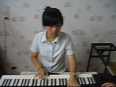 band:謝零玉
