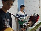 band:陳奕