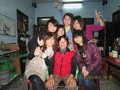^&^2011年---除夕圍爐^&^:11.2.02除夕-女孫&姑姑與奶奶照 (1