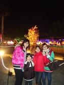 2012**02*03---鹿港燈會^^:12.02.03燈會一起合照 (9).JPG