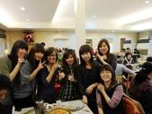 2012*02*25-26小蜜蜂聚餐&台中牛排館:12.02.25小蜜蜂姐妹聚餐.JPG
