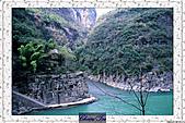 20021115水淹長江三峽最後行腳:70巫山小三峽 (85).JPG