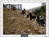 20021115水淹長江三峽最後行腳:20奉節碼頭工人 (2).JPG