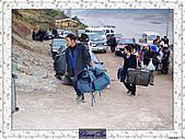20021115水淹長江三峽最後行腳:20奉節碼頭工人.JPG