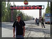 20081011  南彊大漠帕米爾/塔克拉瑪干大沙漠/輪台-塔中-民豐:2.沙漠公路起點 (5).JPG
