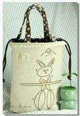Redwork:運動兔兔(2)餐袋.jpg