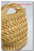 ~2013.09 手作品集。鉤針編織:紙線編織。窈窕曲線包03.jpg