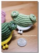 ~2013.09 手作品集。鉤針編織:毛線玩偶。小青蛙零錢包.jpg