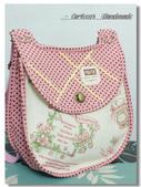 ~2013.09 手作品集。袋物:草莓花籃。旋釦兩用包01.jpg