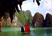 越南-明信片:The Bo Nau cave.jpg