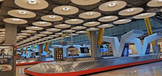 馬德里機場行李轉盤 - 20190706台北-香港-馬德里