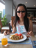 五人遊布吉2009-酒店及Karon篇:食物味道還可以吧...