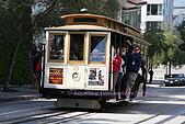 舊金山漁人碼頭、金門大橋散散步:吊滿人的Cable car..