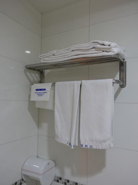 DSC04126.JPG - 高雄住宿-三多商務旅店