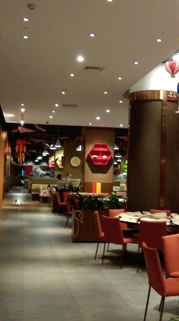 IMAG8961.jpg - 珠海長隆企鵝酒店(食街-晚餐)