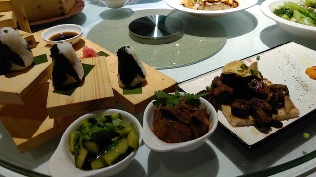 IMAG8947.jpg - 珠海長隆企鵝酒店(食街-晚餐)