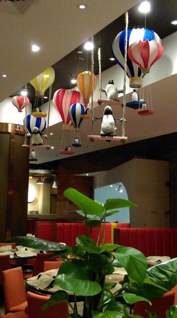 IMAG8959.jpg - 珠海長隆企鵝酒店(食街-晚餐)