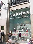 2009/6/26-29@Paris:NAF NAF也是在台灣很貴,但在巴黎很好買的牌子