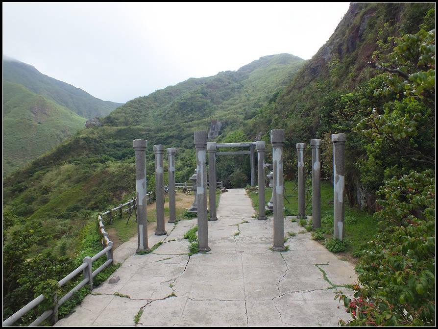 黃金神社步道: