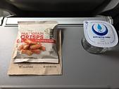 遠走高飛:維珍澳洲航空再生餐巾紙.JPG