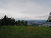 遠走高飛:本丸跡(松倉山山頂856.7m)