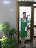 謎樣國度:北韓(朝鮮DPRK):飯店女侍.jpg