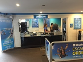 遠走高飛:Skydive Byron Bay櫃台.JPG