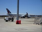 遠走高飛:澳洲日的坎培拉機場.JPG