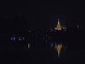 遠走高飛:大金塔之夜.jpg