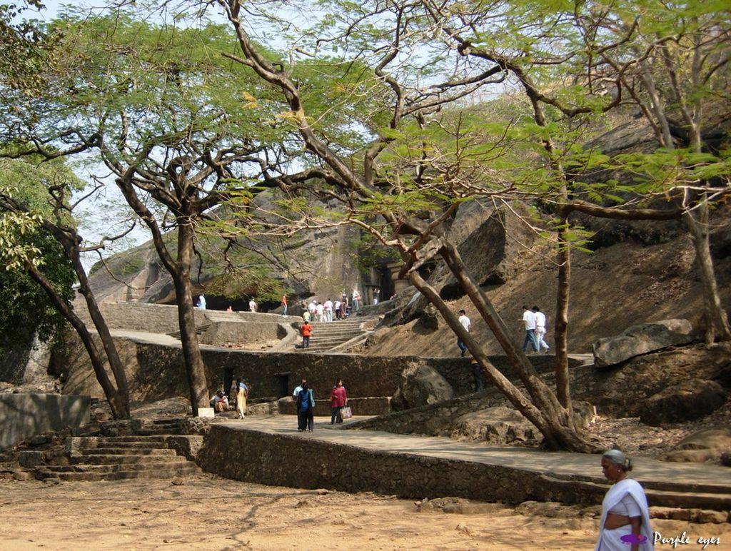 印度聖境 內在聖域 :可內里石窟