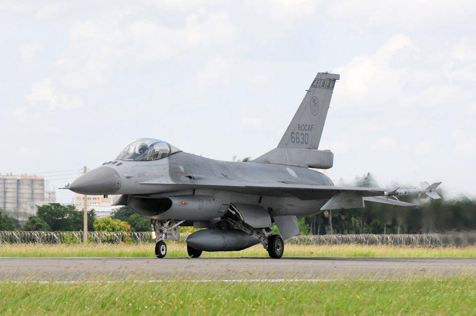 2012軍方戰機秀:05.jpg