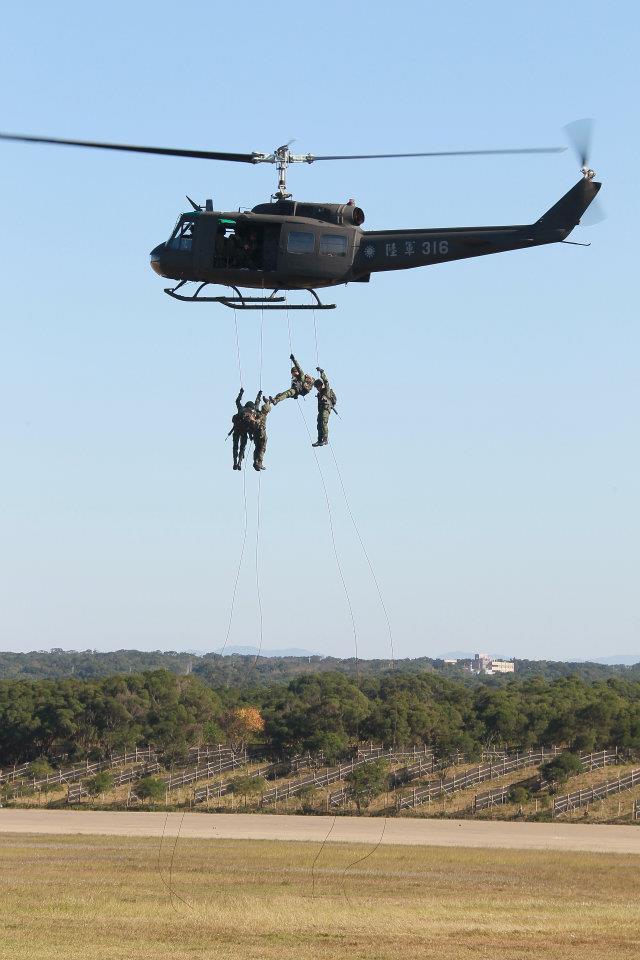 2012軍方戰機秀:17.jpg