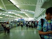 2011年暑假日本九州豪斯登堡夜景酒店五日遊~第5天:P1020164日本九州福岡空港(國際機場)--出境大廳.JPG