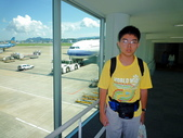 2011年暑假日本九州豪斯登堡夜景酒店五日遊~第5天:P1020168準備搭乘華航CI-0111班機,由日本九州福岡機場飛往台北AM9.00通關後走向56號登機口.JPG