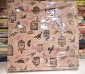 棉麻布:雀鳥。豆沙粉
