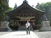 2008/06 日本長野旅遊 Japan Nagano:0806140820_下諏訪-諏訪大社下社秋宮神樂殿前留影_1.JPG