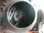 2.滾筒圓錐拌合機:混凝土攪拌機(內部)