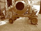 2.滾筒圓錐拌合機:混凝土攪拌機-正面