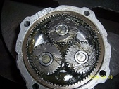 5.零件材料:篩砂機內部齒輪