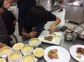 208~213烹飪實習照片106年2月~6月:212卒業考 (10).JPG