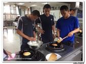 216烹飪實習( 104年9月~105年1月)&316(105年9月~106年1月)聶宗輝吳宇峰:216pancake (9).jpg