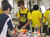 98下學期101-104班烹飪實習照片:104 (1).jpg