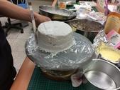 215烹飪實習照片106年2月~6月:304雷策鮮奶油布丁芋泥蛋糕 (6).JPG
