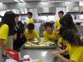 98下學期101-104班烹飪實習照片:104 (5).jpg
