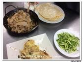 216烹飪實習照片105年9月~106年1月&316(10609-10701)陳鋒高麗亮:316 (6).jpg