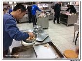 216烹飪實習(103上)&316烹飪實習(104上)小老師陳哲:316烹飪卒業考 (11).jpg