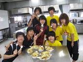 98下學期101-104班烹飪實習照片:104 (6).jpg